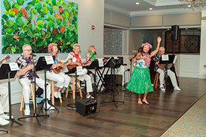 Hawaiian Dancers at the Luau